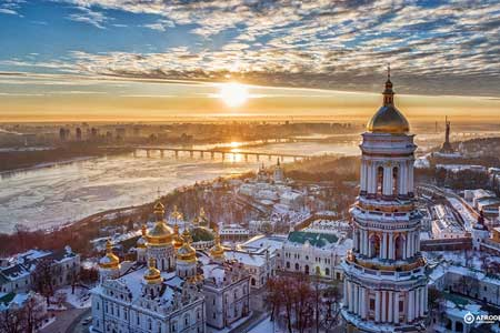 Tempat Di Dunia Yang Penduduknya Dominan Wanita - Ukraina