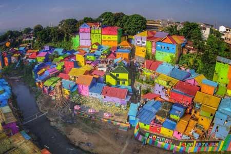 Tempat Wisata Malang Terbaru Dan Terpopuler - Kampung Warna-warni Jodipan