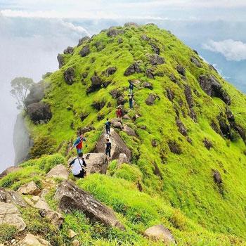 Tempat Wisata Terpopuler Di Makassar Dan Sekitarnya - Gunung Bulusaraung