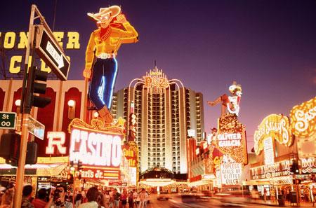 Tempat Wisata Di Dunia Yang Tidak Boleh Difoto - Beberapa Kasino di Las Vegas