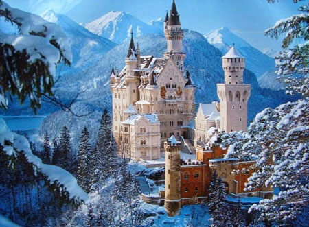 Tempat Wisata Di Dunia Yang Tidak Boleh Difoto - Kastil Neushwanstein
