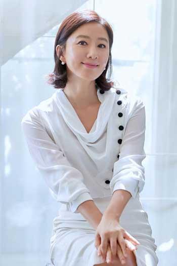 Artis Korea Bayaran Termahal 2020 - Kim Hee Ae