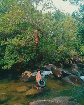 Daftar Tempat Wisata Paling Hits Di Bangka Belitung - Batu Mentas