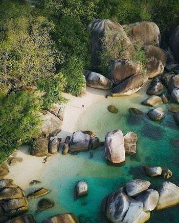 Daftar Tempat Wisata Paling Hits Di Bangka Belitung - Pantai Tanjung Tinggi
