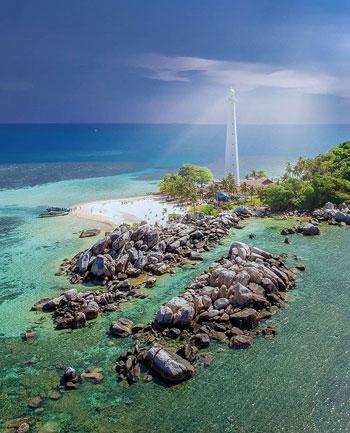Daftar Tempat Wisata Paling Hits Di Bangka Belitung - Pulau Lengkuas