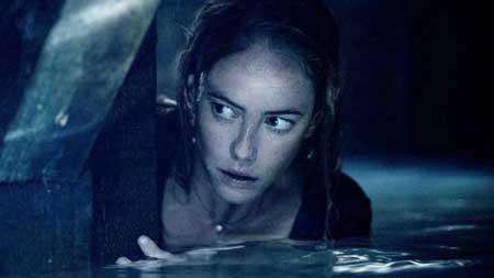 Hal-hal Yang Takut Dilakukan Setelah Nonton Film Horor - Sensitif terhadap segala jenis bunyi