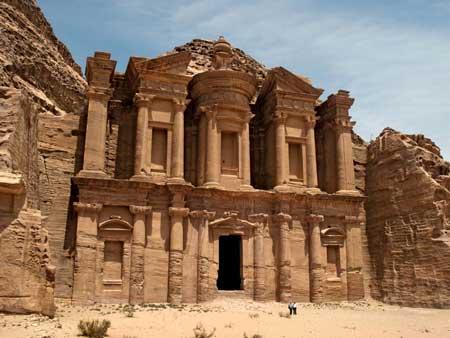 Landmark Terbaik Di Dunia - Petra, Yordania