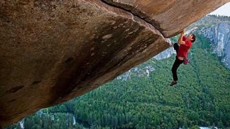 Olahraga Ekstrim Yang Paling Berbahaya - Free Solo Climbing