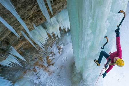 Olahraga Ekstrim Yang Paling Berbahaya - Ice Climbing