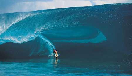 Olahraga Ekstrim Yang Paling Berbahaya - Tow-In Surfing