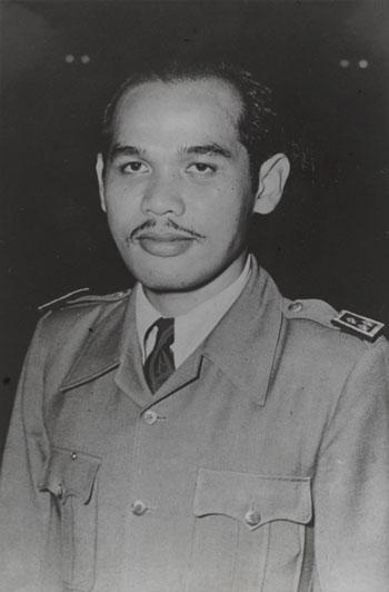 Pahlawan Indonesia Yang Hampir Terlupakan - Letnan Jenderal Tahi Bonar Simatupang
