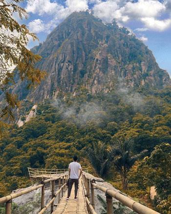 Tempat Wisata Purwakarta - Gunung Bongkok
