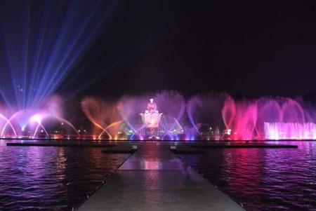 Tempat Wisata Purwakarta - Taman Air Mancur Sri Baduga