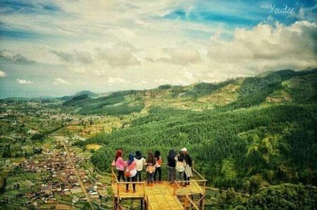 Tempat Wisata Tegal Terbaru Yang Menarik Untuk Dikunjungi - Bukit Baper
