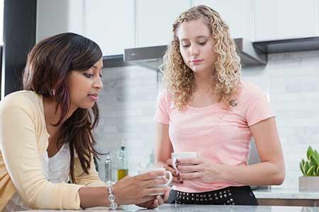 Tips Mengatasi Teman Kost Yang Jorok Dan Pemalas - Berikan teguran