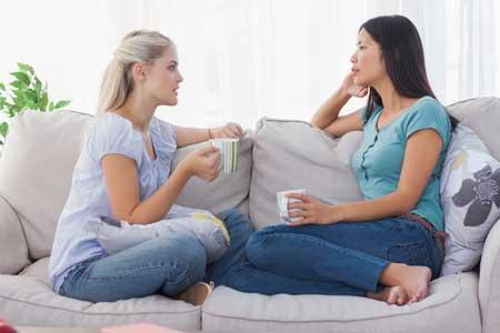 Tips Mengatasi Teman Kost Yang Jorok Dan Pemalas - Bicarakan baik-baik langsung ke orangnya