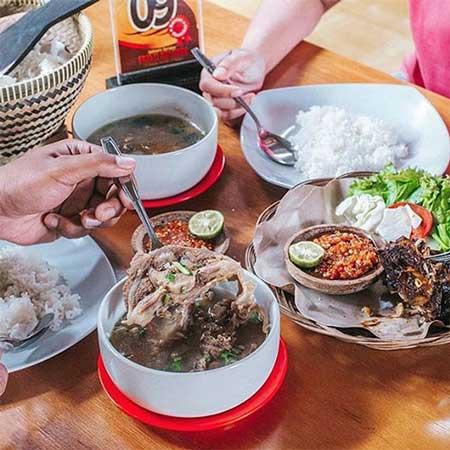 Tempat Wisata Kuliner Bogor - De Salman Resto