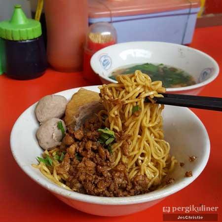 Tempat Wisata Kuliner Bogor - Mie Ayam Baso Bangka AL
