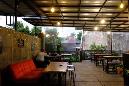 Tempat Wisata Kuliner Bogor - Toastea Cafe