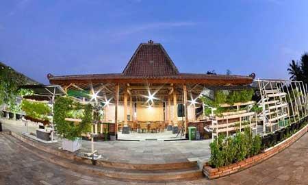 Tempat Wisata Kuliner Magelang - Joglo Ndeso Restoran dan Kebun Hidroponik