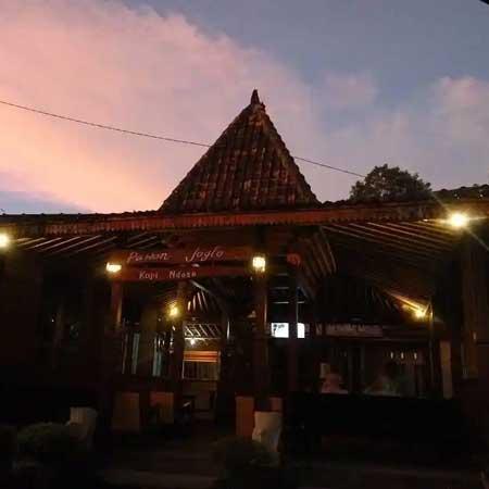 Tempat Wisata Kuliner Magelang - Pawon Joglo Kopi Ndeso