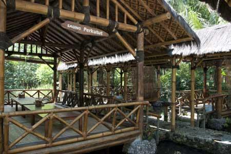 Tempat Wisata Kuliner Magelang - Saung Makan Bu Empat