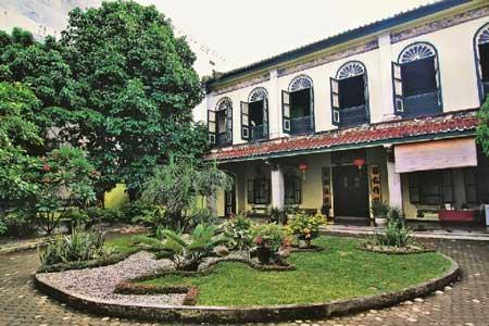 Tempat Wisata Paling Angker Di Indonesia - Tjong A Fie Mansion