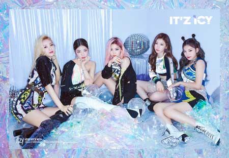 idol kpop terpopuler 2020 - ITZY