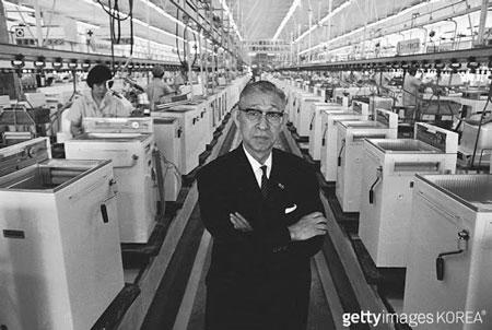 Kisah Inspiratif Konosuke Matsushita, Pendiri Panasonic