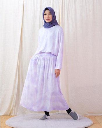 OOTD Tie Dye Hijab Kekinian