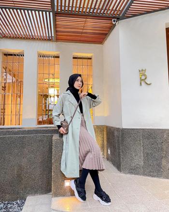 Inspirasi outfit hijab dengan legging wudhu