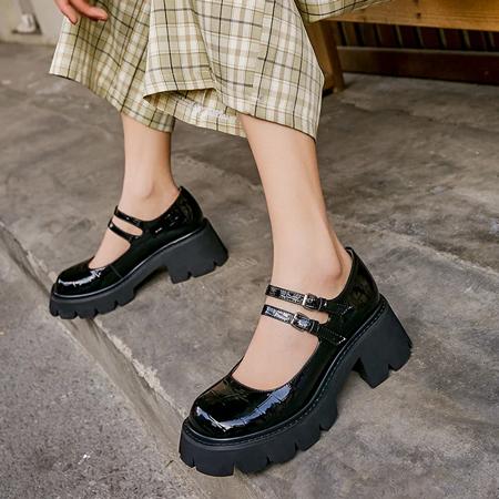 Sepatu Wanita Korea Yang Lagi Hits