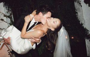 Ariana Grande dan Dalton Gomez Menikah