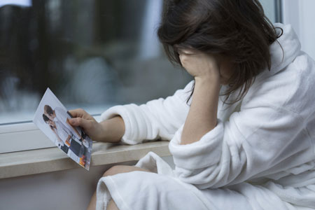 Alasan Dan Cara Mengatasi Rasa Rindu Pada Mantan