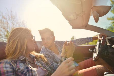 Kesalahan yang harus dihindari cowok saat kencan pertama