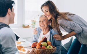 Tips Cewek Untuk Mengambil Hati Calon Mertua