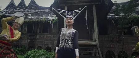 "Video Klip Lagu ""Wonderland Indonesia"" Alffy Rev, Sukses Bikin Takjub Warga Indonesia"