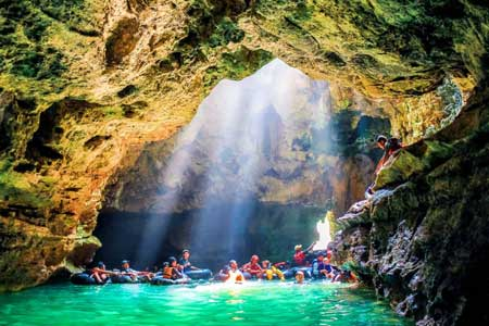 Tempat Wisata Sungai Terbaik Dan Paling Hits Di Indonesia