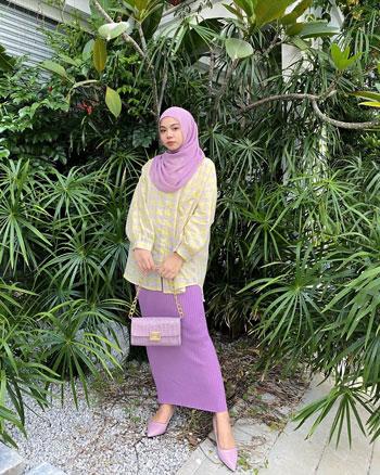 Inspirasi OOTD Hijab Rok Panjang Untuk Tampil Kekinian