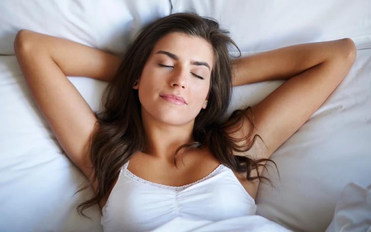 Tips dan cara mengatasi bad mood saat PMS